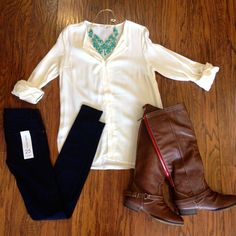 FALL / boots / skinnies / leggings / tunic / statement necklace