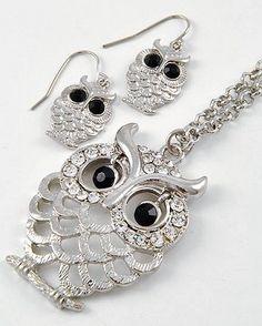 Trendy Boutique Fashion Owl Necklace Set Boreal  $16.95