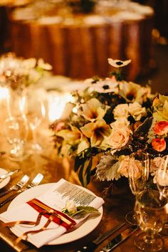#winterwedding table - photo by http://ryanflynnphotography.net/ - http://ruffledblog.com/palace-ballroom-wedding/