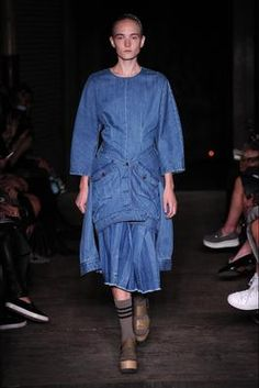 Joseph Spring 2015 Ready-to-Wear Fashion Show: Complete Collection - Style.com #Apostolicfashion #modestfashion #modestdress #tzniutfashion #classicdress #formaldress #kosherfashion #apostolicclothing