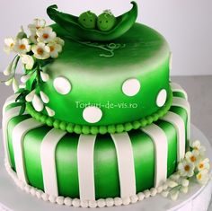 two peas in a pod cake - beautiful cakes from viorica-torturi.ro