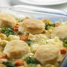 Easy Recipes to Do: Homestyle Chicken and Biscuits --- next time i would put more chicken and one more can of soup