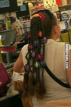 She Made Her Easter Eggs Into A Hairstyle - NoWayGirl