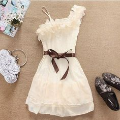 ELEGANT WHITE DRESS