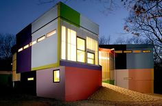 Modern house! goo.gl/33uo5 modern house design, east hampton, modern home design, colorful houses, house paint colors, color combinations, modern houses, bright colors, modern homes