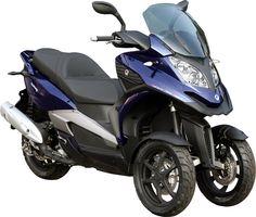 Le Quadro 350S est un scooter à 3 roues /// Quadro 350S is a 3 wheeled scooter