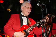 Bill Haley and His Comets Guitarist Dies at 92