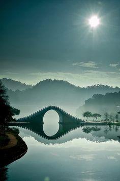 Moon Bridge - Taipei, Taiwan ... wow