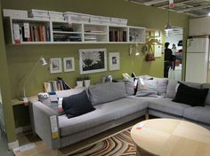 @Diane Henkler pulls paint colors from home furnishing - via MyColortopia.com