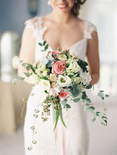 perfectly pretty trailing bouquet
