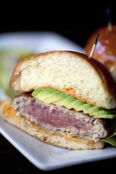 LGO's Ahi Tuna Burger #lagrandeorangecafe #oldpas