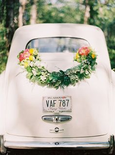 DIY getaway car floral garland - just stunning!
