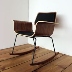 """:: The """"Roxy"""" chair, Onefortythree ::"""