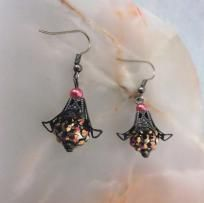 """Glittering Berry"" pierced earrings"