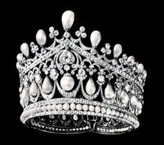 pearl, tiara