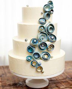 Modern Wedding Cakes  #Hawaii #wedding  #cake #sweet #destinationwedding #dreamwedding #pretty #trend #inspiration #cute #weddingcake #weddingfood