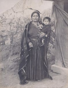 """Navaho squaw (with child)."" Department of Anthropology, 1904 World's Fair. ©Missouri History Museum"