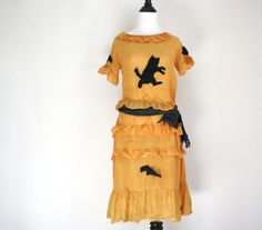Fantastic 1920s Halloween dress. #vintage #1920s #Halloween #costumes #dresses