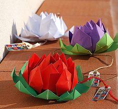 лотос оригами из бумаги