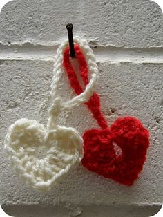 Free #Crochet Pattern: Sweet Hearts
