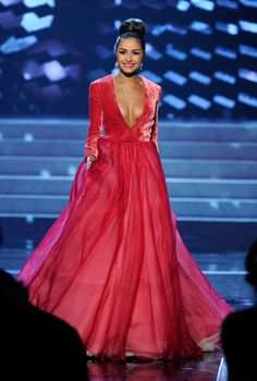 Miss USA's dress in the Miss Universe pageant. OBSESSED.