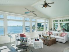 House of Turquoise: Caldwell and Johnson - beachy living room