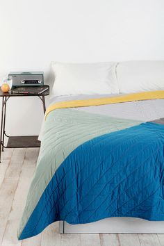 Assembly Home Colorblock Quilt - UO