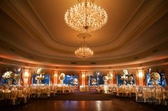 Cream and Gold Ballroom Reception Decor | photography by Sue Kessler of http://www.christianothstudio.com/ | floral design by http://www.flowersbybrian.com/ | wedding planning by http://www.karynmichaelevents.com