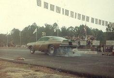 Limefire Barracuda Funny Car at Aquasco Speedway