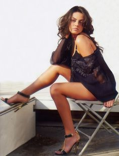 Mila Kunis - So damn hot and a complete nerd. I would BFF this girl so bad.