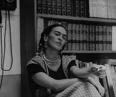 """They are so damn 'intellectual' and rotten that I can't stand them anymore…I would rather sit on the floor in the market of Toluca and sell tortillas, than have anything to do with those 'artistic' bitches of Paris.""Frida Kahlo"
