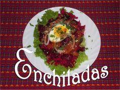 La enchilada guatemalteca es una tostada que se prepara con picado de carne, curtido, salsa de tomate y otros ingredientes que la hacen especialmente deliciosa!  para los que lo desean pueden agregarle salsa picante.   http://mundochapin.com/