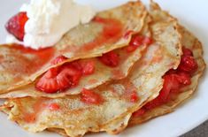 Valentines Day Food: Sweet Strawberry Crepes