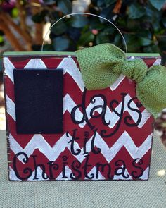 Christmas Decor Days til Christmas chalkboard by izandjojoDesigns