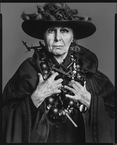 ouise Nevelson, sculptor, New York, May 13, 1975  Copyright© 2008 The Richard Avedon Foundation