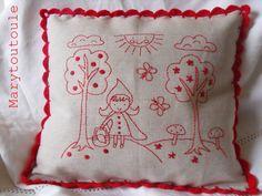Marytoutoole pour l étoile de Martin cojin, pillow, almofada, broderi, redwork, bordado, stitcheri, embroideri