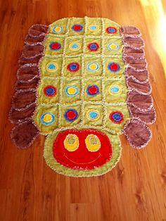 Caterpillar Rag Quilt anim quilt, rag quilt, quilt blanket