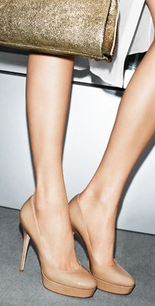 great nude pumps - Kate Middleton's go to shoe
