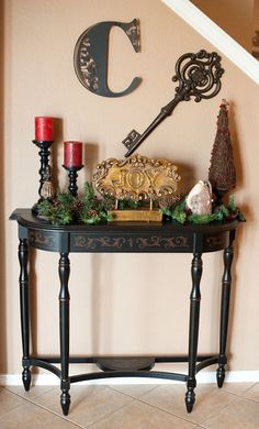 love this entry table!!