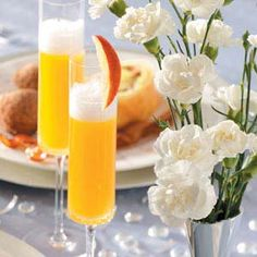 Sparkling Peach Bellinis Recipe from Taste of Home