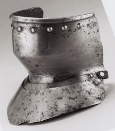 """European, possibly Spanish    Bevor (""""Falling Buff"""") with Two Gorget Pieces, c. 1500    Steel- Art Institute of Chicago"""