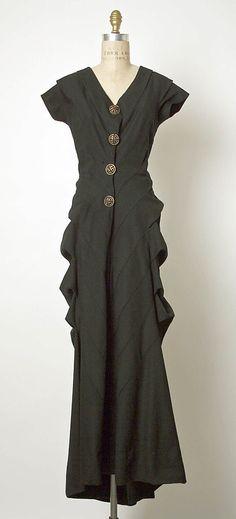 Dress, Evening  Elsa Schiaparelli  (Italian, 1890–1973)  Date: ca. 1939 Culture: French So different!!