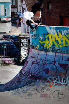 #LL #Skateboarding #Immerüberall #PoolRide