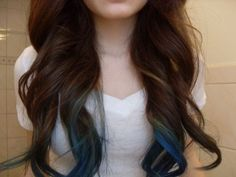 Great curls and blue streaks!