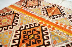 VINTAGE Turkish Kilim Rug Carpet - handwoven kilim rug - antique kilim rug - decorative kilim - natural wool