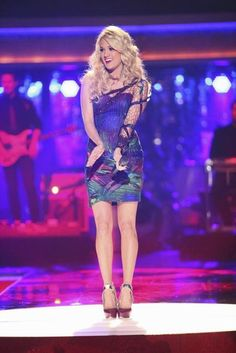 Carrie Underwood on Dancing With The Stars (May 2012)