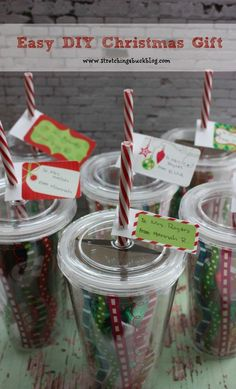 Easy DIY Christmas Tumblers filled with a gift card & candy.. Perfect teacher gifts!! [ PropFunds.com ] #gifts #funds #saving