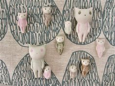 tiny cats and tinier cats :) by alleluja, via Flickr
