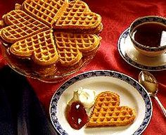 Vafler! (Norwegian waffles.)