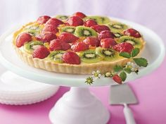 Strawberry-Kiwi Tart - Que Rica Vida